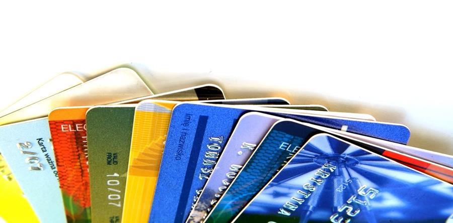 Suspensión de sistema de pago en cuotas invita a comprar. (Foto Prensa Libre: Hemeroteca PL)