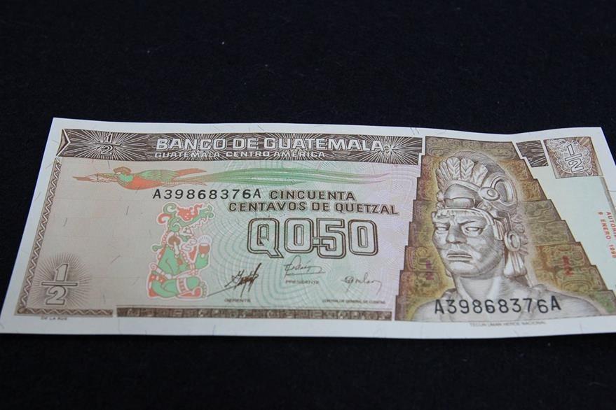 Billete de 50 centavos en el que se homenajeaba a Tecún Umán, actualmente fuera de circulación. (Foto: Hemeroteca PL)