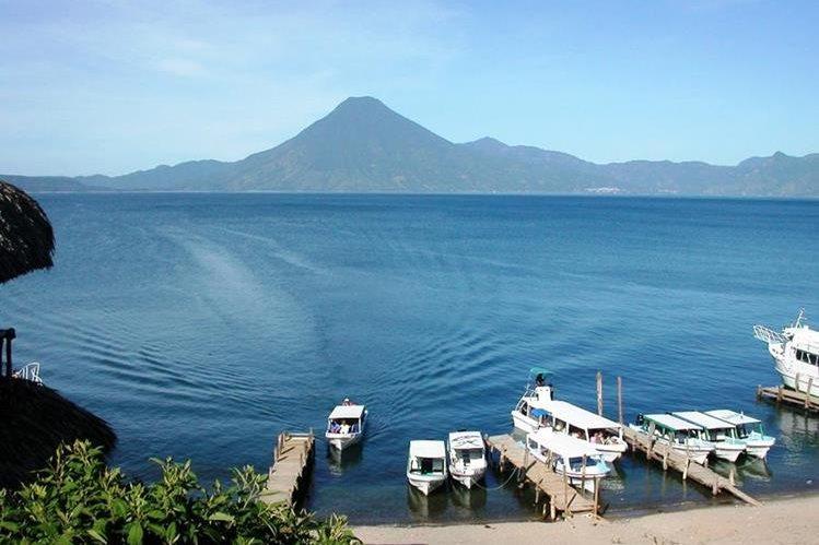 El Lago de Atitlán y comunidades de los alrededores son destinos turísticos en Guatemala que se pueden desarrollar más para dinamizar la economía y hacer el destino sostenible. (Foto, Prensa Libre: Hemeroteca PL).