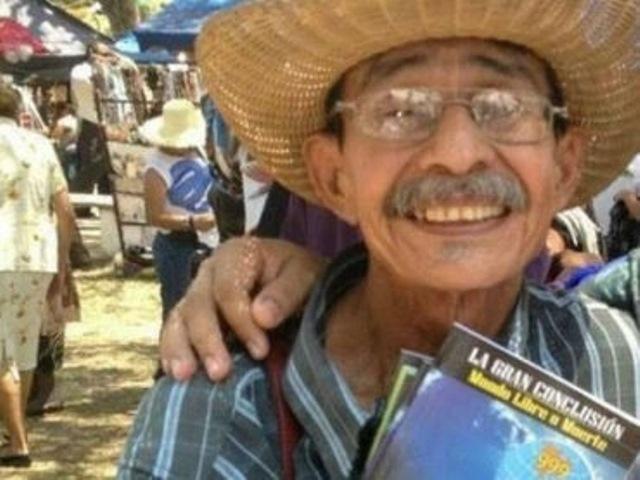Téofilo Trejo, escritor hondureño. (Foto Prensa Libre: EFE)