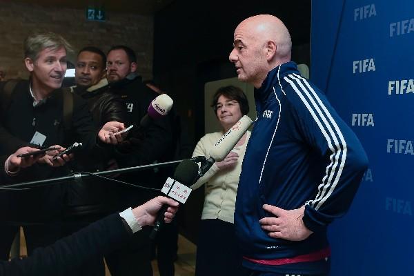 El presidente de la FIFA, Gianni Infantino, tiene como proyecto hacer crecer el futbol femenino. (Foto Prensa Libre: AFP).