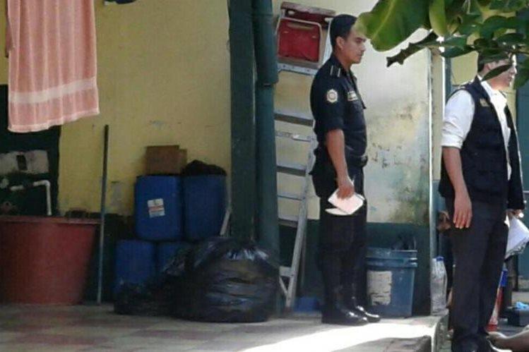 Lugar donde fue localizado el cadáver de Melvin Arnulfo Ralda, en Mazatenango. (Foto Prensa Libre: Melvin Popá).