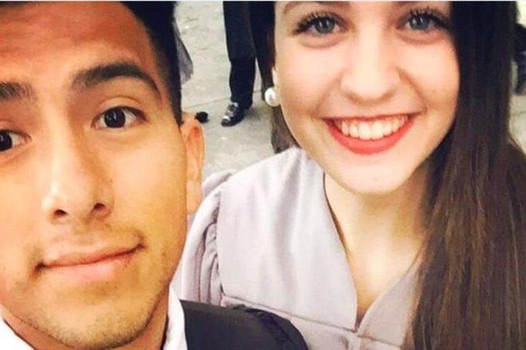 La novia del guatemalteco espera que su pareja obtenga el permiso para quedarse en Estados Unidos, según los planes de los jóvenes. (Foto Prensa Libre: @AVisaForJose)