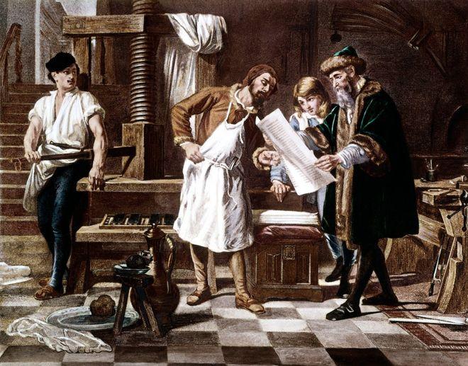 El invento de Gutenberg no habría llegado muy lejos sin papel. ISTOCK