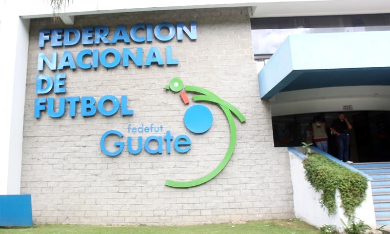 La Federación Nacional de Futbol deberá responder ante la Contraloría General de Cuentas. (Foto Prensa Libre: Hemeroteca)