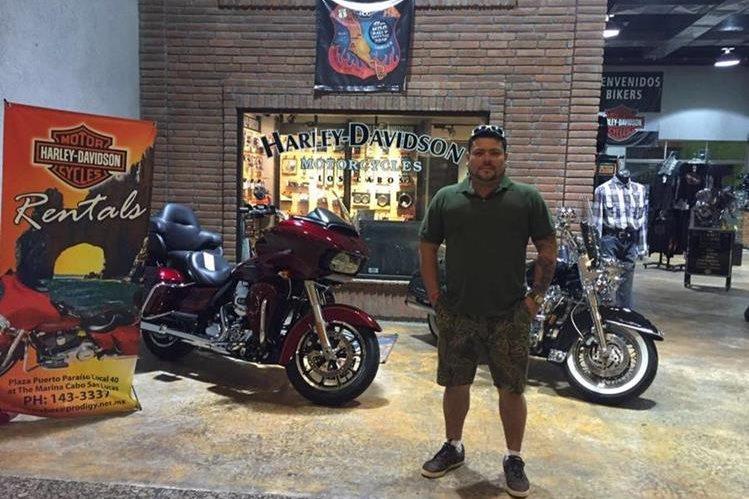 Eddy Fernando Oliva Quiñónez, de 37 años, motorista, murió a su ingreso del Hospital General. (Foto Prensa Libre: Facebook)