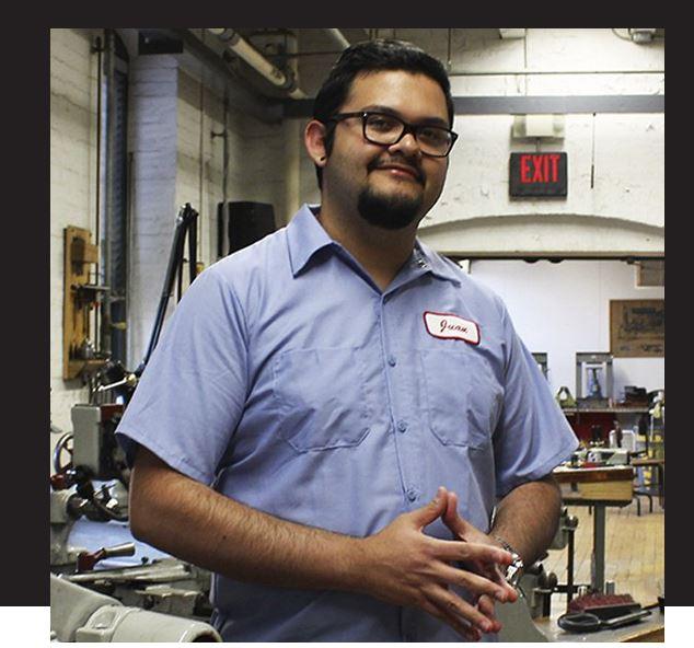 El guatemalteco Juan Carlos Noguera busca revolucionar la manufactura. (Foto Prensa Libre: MIT)