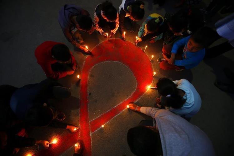 El VIH afecta a un total de 36,7 millones de mujeres y hombres en todo el planeta, y desde su identificación en 1981 ha provocado 36 millones de muertes. (Foto HemerotecaPL)