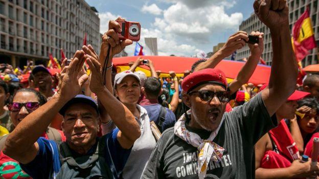 El gobierno también sacó a sus simpatizantes a las calles antes de la marcha opositora del jueves. (EPA).