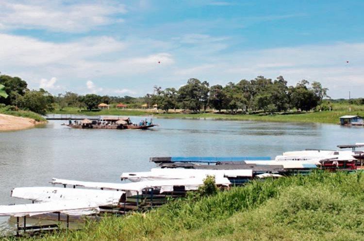 en el barrio  El Pescador Sayaxché, Petén las actividades económicas se ha paralizado.
