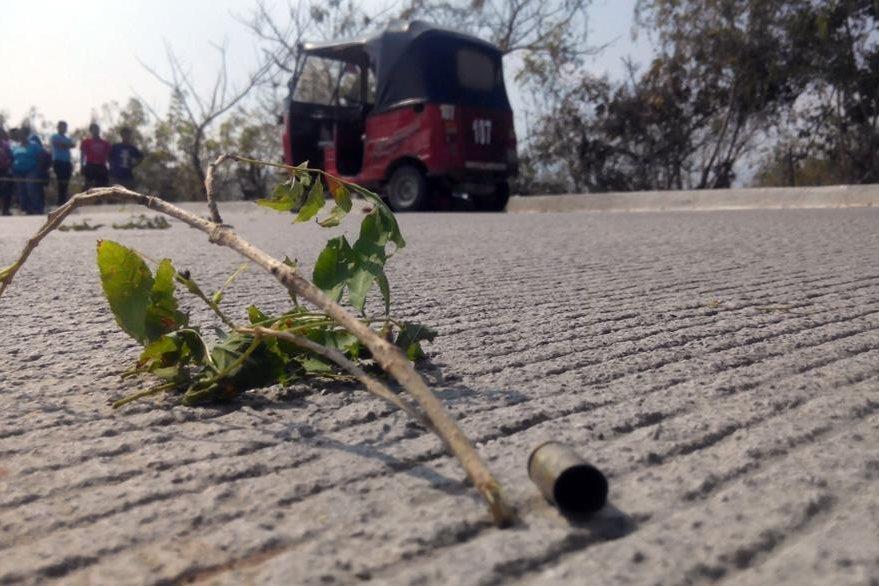 Lugar donde la semana pasada fue ultimado un conductor de mototaxi, en Sanarate. (Foto Prensa Libre: Hugo Oliva).