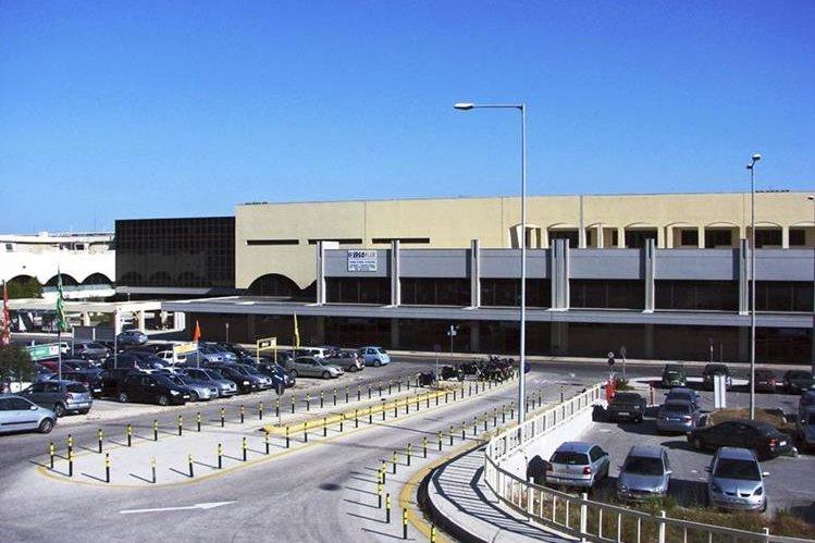 Aeropuerto de la isla de Rodas en Grecia, uno de los que serán privatizados. (Prensa Libre-EFE)
