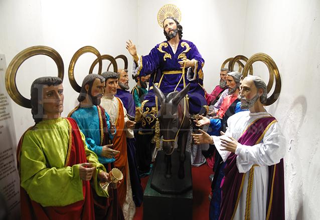 El apostolado y el Señor de las Palmas, imágenes que salen en procesión el Domingo de Ramos. (Foto: Néstor Galicia)