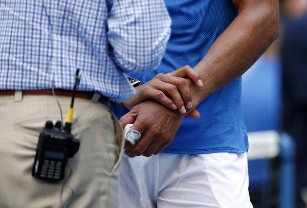 Rafael Nadal sufre una lesión en la muñeca derecha. (Foto Prensa Libre: AP)