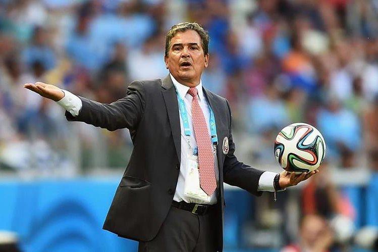 El técnico de la selección de Honduras, Jorge Luis Pinto fue suspendido, luego que fue expulsado en partido eliminatorio. (Foto Prensa Libre: Hemeroteca PL)
