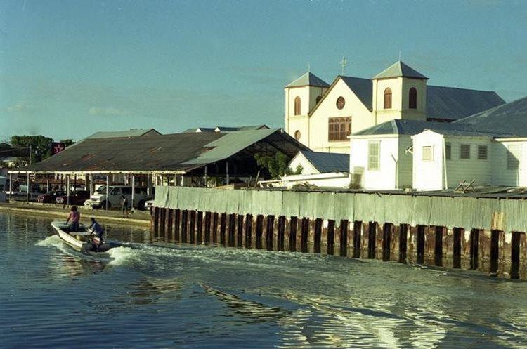 Una de las zonas costeras cercana al principal puerto de Belice: Foto Prensa Libre: Hemeroteca PL)