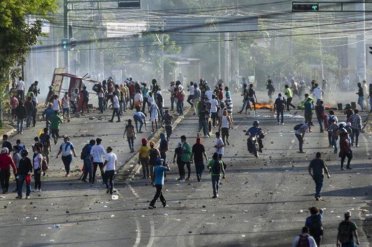 Desde abril de 2018 miles de nicaragüenses han tomado las calles de Managua y otras ciudades manifestando contra el gobierno de Daniel Ortega, los disturbios han cobrado decenas de vidas. (Foto: EFE)