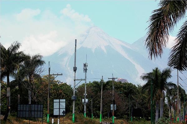 Aumento de  la actividad del Volcán de Fuego alarma a pobladores de  comunidades de Escuintla (Foto), Chimaltenango y Sacatepéquez. (Foto Prensa Libre: Hemeroteca PL)