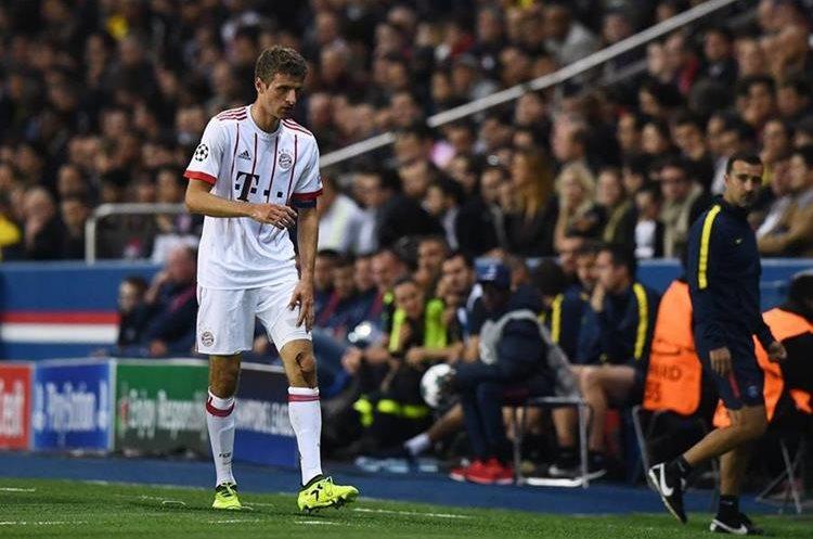 Thomas Müller sufrió una cortada durante el encuentro.
