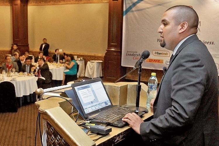 El jefe de la SAT, Francisco Solórzano, reconoció ante empresarios de AmCham que hay atrasos para la inspección de mercancías en las aduanas.