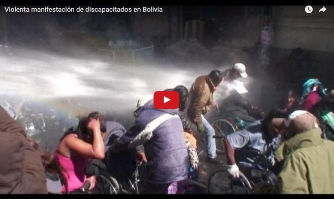 Captura del video que muestra cómo los manifestantes fueron disperesados.