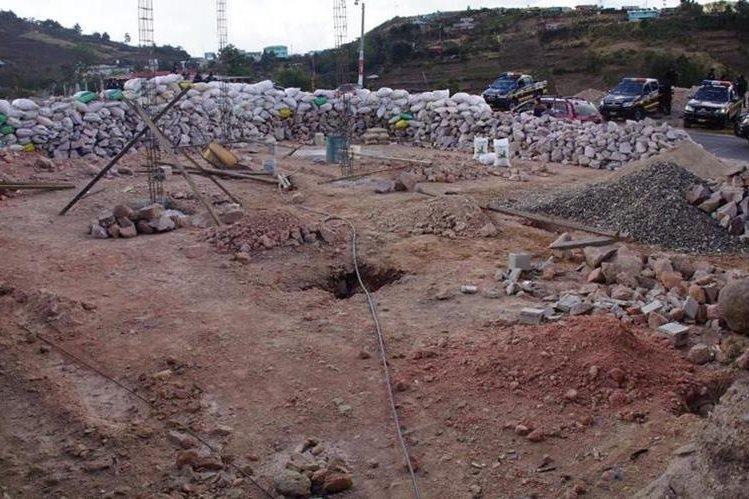 En el área en conflicto entre Ixchiguán y Tajumulco, San Marcos, se halla este sector, en el que se levantaron bardas para defenderse. (Foto Prensa Libre: Whitmer Barrera)
