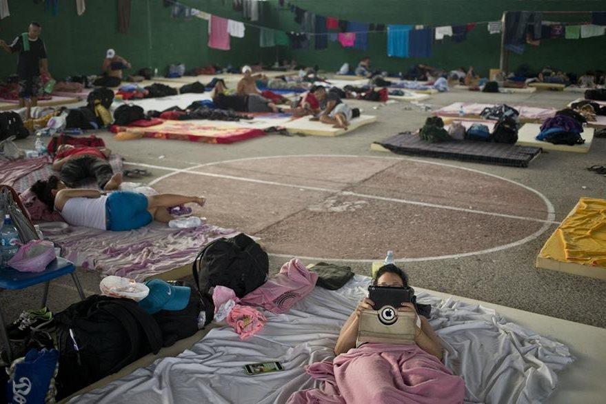 Unos tres mil cubanos que intentan llegar a EE. UU. viven un drama en la frontera de Costa Rica. (Foto Prensa Libre: AP).