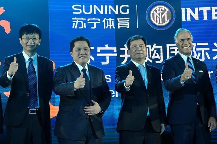 Erick Thohir, presidente del Inter de Milán, llegó a un acuerdo millonario con la empresa china para su compra. (Foto Prensa Libre: AFP)
