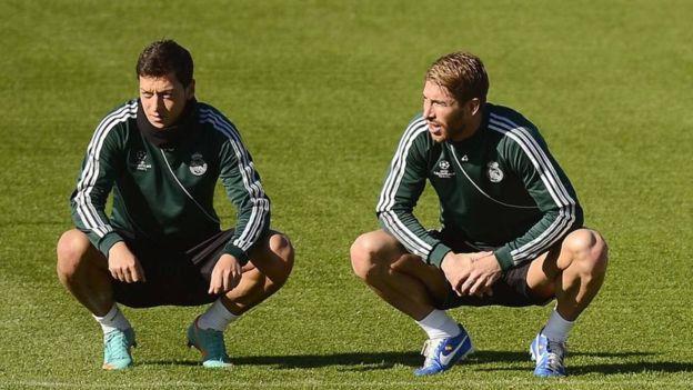 Ramos le dedicó un gol a Özil cuando el alemán abandonó el Real Madrid. (Getty)