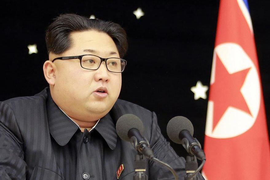 El líder norcoreano, Kim Young, ha elevado el todo de agresividad en los últimos días. (Foto Prensa Libre: AFP).