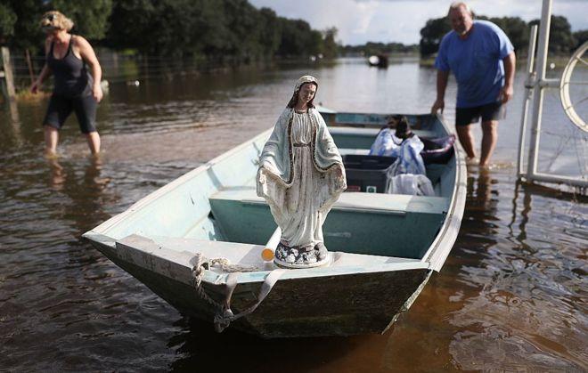 """Perkins describió las inundaciones de Luisiana como de """"proporciones casi bíblicas"""". GETTY IMAGES"""