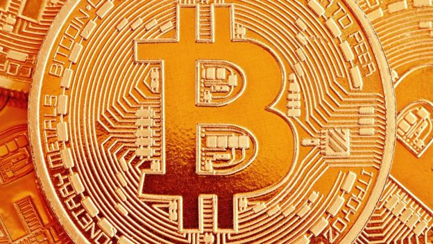 Bitcoin ha pasado de tener el 91% del mercado al 39%. (TSOKUR).