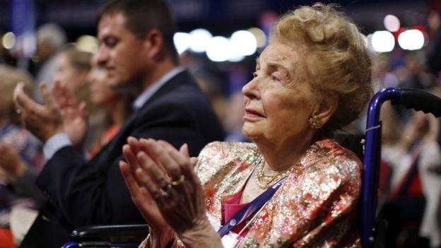 Phyllis Schlafly siempre apoyó al Partido Republicano. AP