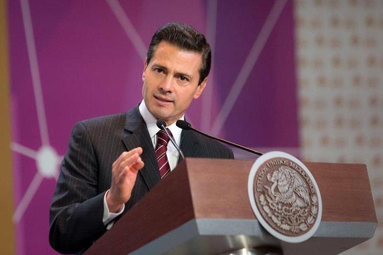 """Enrique Peña Nieto, presidente de México, prometió actuar con """"enorme pragmatismo"""" ante la victoria de Trump en EE. UU. (Foto Prensa Libre: EFE)."""