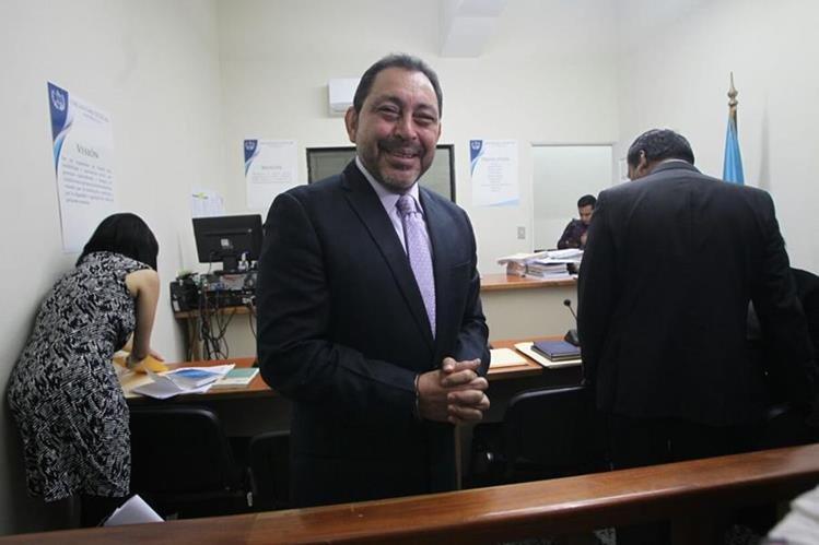 Mauricio López Bonilla acude a un juzgado de paz por un proceso local. (Érick Ávila)