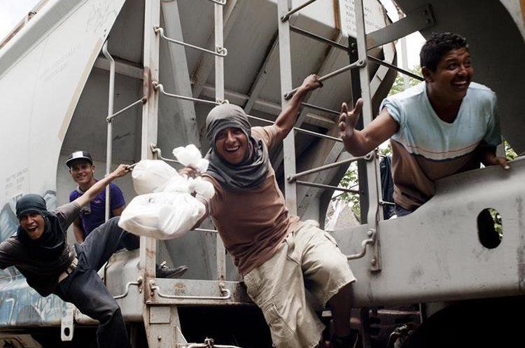 La mayoría de indocumentados que viaja en el tren son de Honduras, El Salvador y Guatemala. (Foto: Las Patronas)