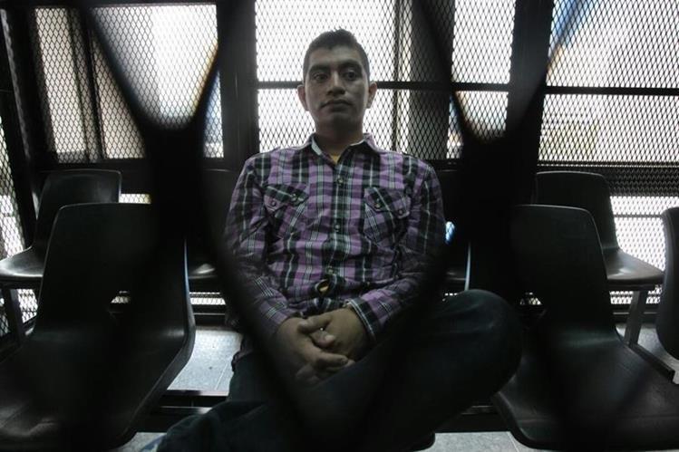 Francisco Pirir fue condenado a 15 años de cárcel por la muerte del aficionado crema Kevin Díaz. (Foto Prensa Libre: Paulo Raquec)