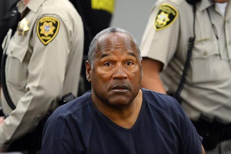 O.J. Simpson aparece durante una una audiencia de evidencia en el Tribunal en Las Vegas, Nevada.(Foto prensa Libre:AFP).