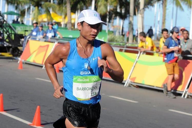 Érick Barrondo durante la competencia de los 20 kilómetros marcha en los Juegos Olímpicos de Río de Janeiro. (Foto Prensa Libre: Jeniffer Gómez)