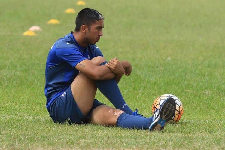El volante argentino Santiago Vergara, dejará el futbol para comenzar su tratamiento contra la leucemia. (Foto Prensa Libre: EL Heraldo de Honduras)