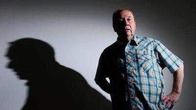 Geoff Emerick, emblemático ingeniero de sonido de The Beatles, falleció a los 72 años por un paro cardiaco. (Foto Prensa Libre: Facebook)