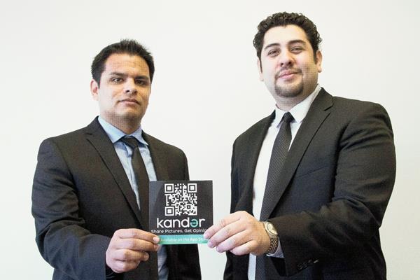 El peruano Antonio Alcazar —der.— y el colombiano Nicolás Barrios son los creadores de Kander (Foto Prensa Libre: EFE).
