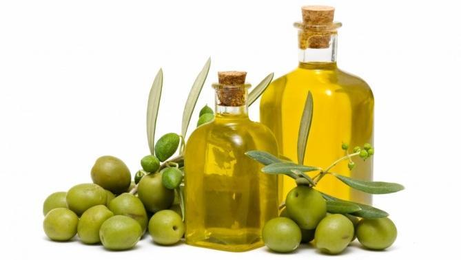 El aceite de oliva tiene propiedades que humectan la piel. (Foto Prensa Libre. Hemeroteca PL)