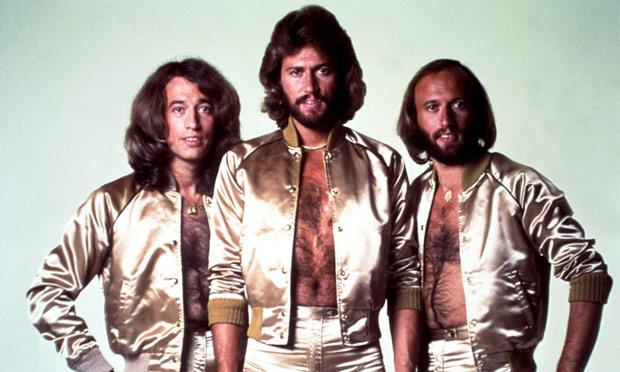La música pop y disco de los Bee Gees gozaba de gran popularidad a mediados de la década de 1970 (Foto Prensa Libre: Michael Ochs Archive).