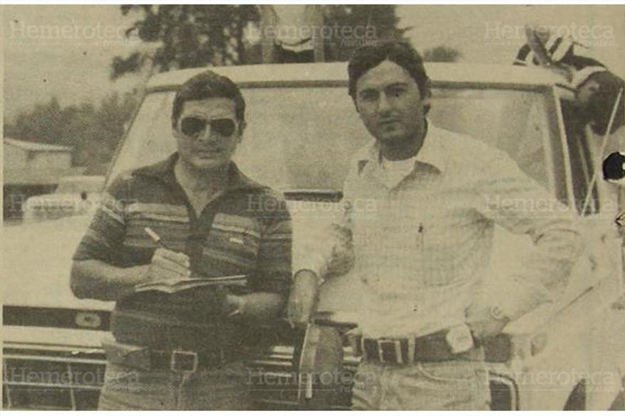 04/05/1981 Ernesto Gonzalez y Enrique Ranero, encargados de la construcción de la carretera. (Foto: Hemeroteca PL)