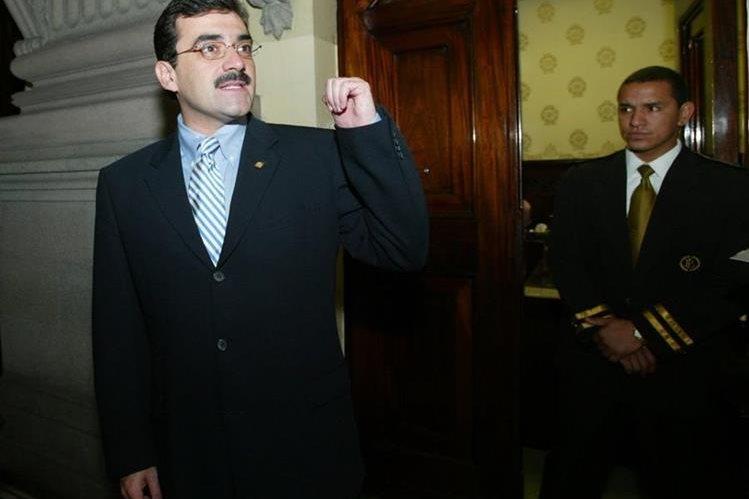 Eduardo Weymann, durante su gestión en el ministerio de finanzas. (Foto Prensa Libre: Hemeroteca PL)