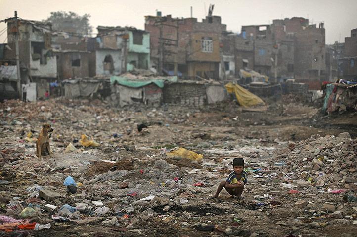 India está rezagada en la responsabilidad de aportar servicios básicos a su población. (Foto: internet)