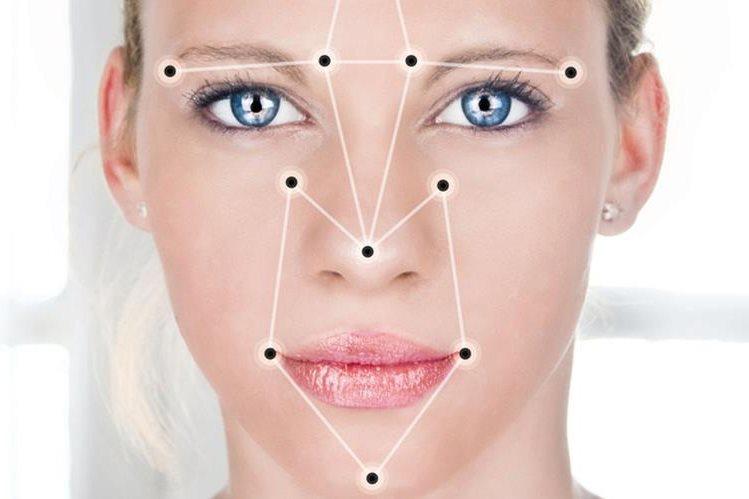 El reconocimiento facial se utiliza cada vez más en dispositivos y plataformas online. (Foto: Hemeroteca PL).