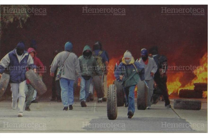 Los manifestantes provocaron disturbios en las zonas 10 y 14, donde quemaron llantas. (Foto: Hemeroteca PL)