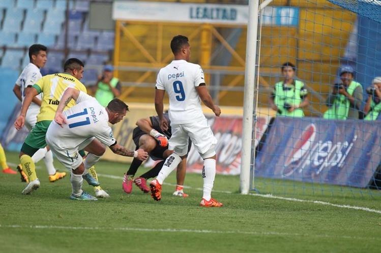 Comunicaciones sólo pudo empatar frente a Petapa. (Foto Prensa Libre: Carlos Vicente)